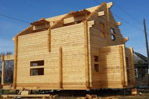 Как строят дачные дома из профилированного бруса