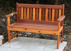 Какую скамейку выбрать для установки в парке